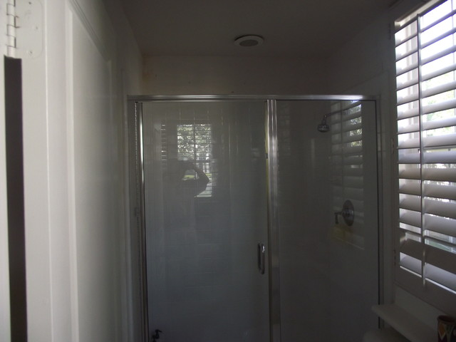 OUR GALLERY traditional-bathroom