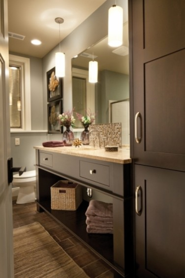 Gorgeous cabinets! bathroom-vanities-and-sink-consoles