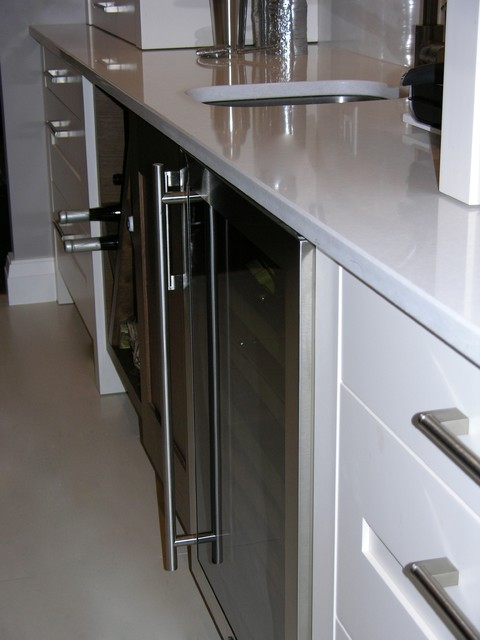 Courtney Crt. New Westminster BC contemporary-kitchen