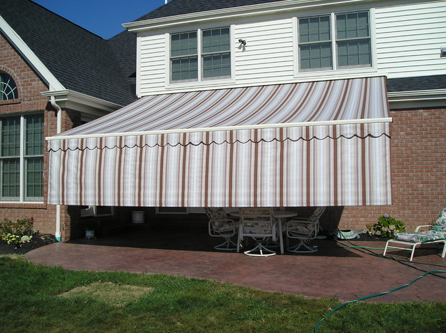 Retractable Awning W Valance Plus On End By Thomas V