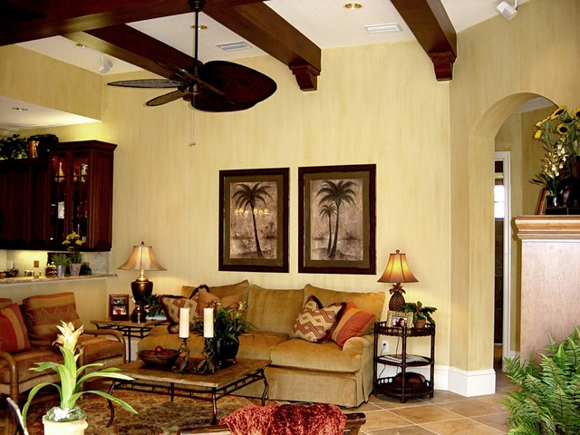 Addison Lakewood Ranch Country Club mediterranean-family-room