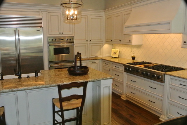 New Port Beach Kitchen Remodel Traditional Kitchen Cabinetry Orange County By Lew Sabo