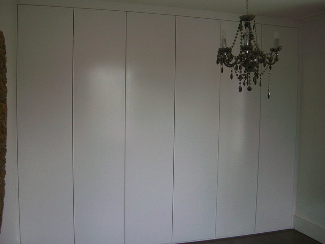 Full Wall Fitted Wardrobe Hand Painting