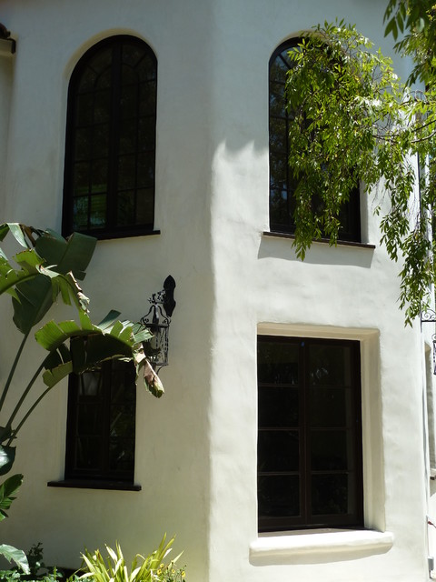 Hollywood – Historic Renovation eclectic-windows