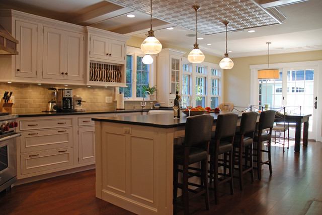 Concord traditional-kitchen