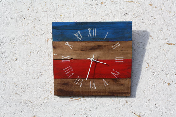 Reclaimed Pallet Wood Clocks contemporary clocks