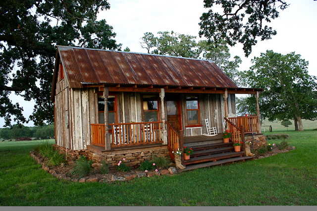 Classic Texas Ranch House 12x26 Traditional Home Decor