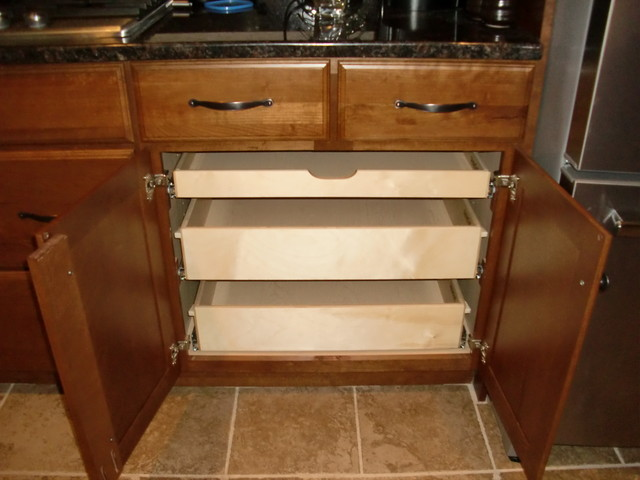 Pull out shelves in a kitchen cabinet kitchen drawer for Sliding drawers for kitchen cabinets