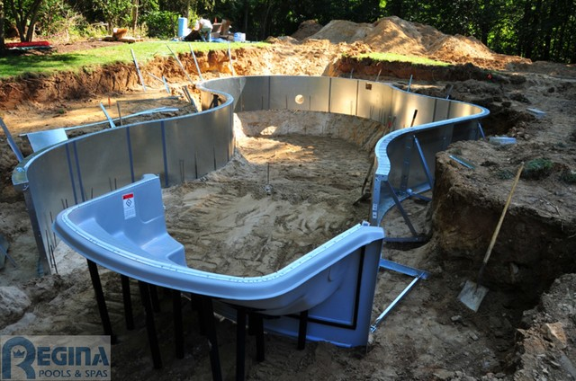 Building a Pool swimming-pools-and-spas