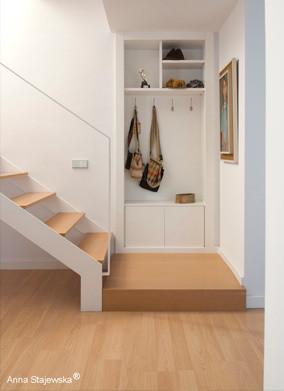 Mueble para hall de entrada ganado al muro de fachada - Muebles para hall ...