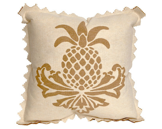 Liora Manne Cream Pineapple Throw Pillow