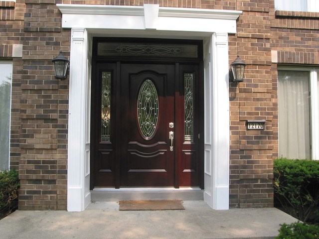 Entrance doors front doors cincinnati by building for Front entrance home designs