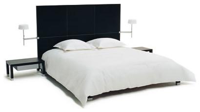 lumeo bed by ligne roset. Black Bedroom Furniture Sets. Home Design Ideas