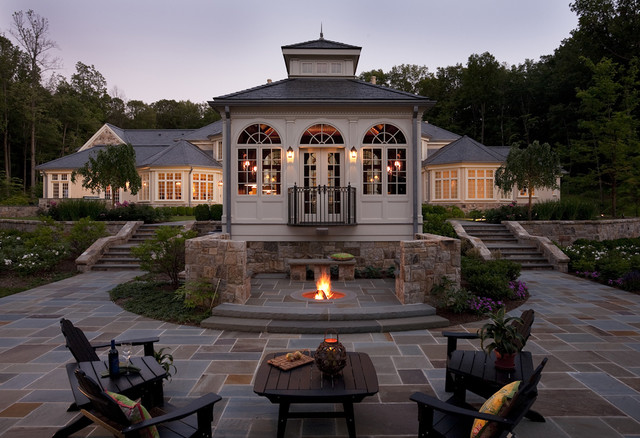 Howard Roberts traditional patio