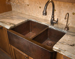 Farmhouse Duet in Antique traditional kitchen sinks