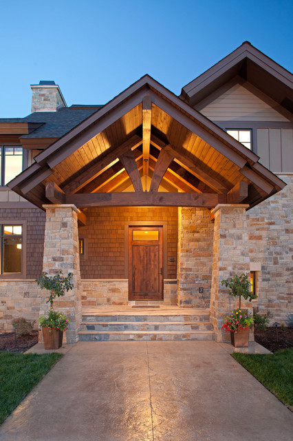Modern Mountain rustic-entry