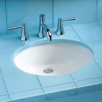 Ada Compliant Undermount Sink With Sanagloss Glazing