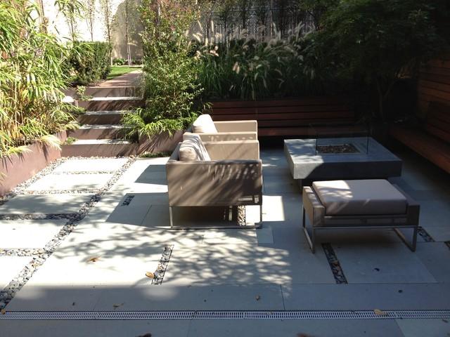 A Family Friendly Brownstone Garden modern-patio