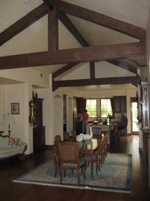 Paul Living Room mediterranean