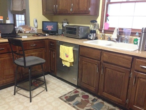 flooring and granite color confusion