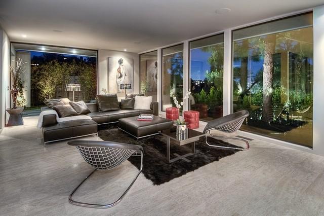 Sleek modern living room modern living room for Modern sleek living room