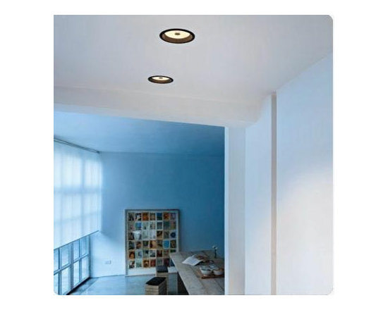 Wan Downlight Ceiling Lamp By Flos Lighting - Wan is a recessed light by Flos, a modern ceiling recessed lighting fixture that provides direct light.