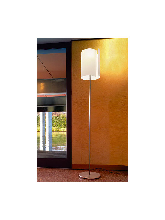 Diane Floor Lamp By Leucos Lighting - From Leucos the Diane floor series is a modern contemporary lamp.