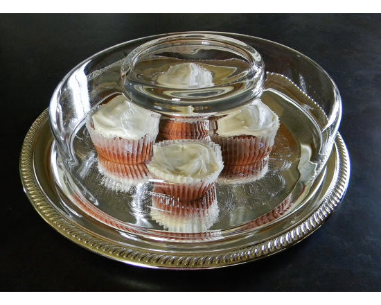 Elegant Desert Tray - Just gorgeous silver desert tray with a glass cloche.  Cupcakes are just as in fashion as cloche-d serving wear, and these red velvets look even more yummy as little dots of color on the elegant etched silver.