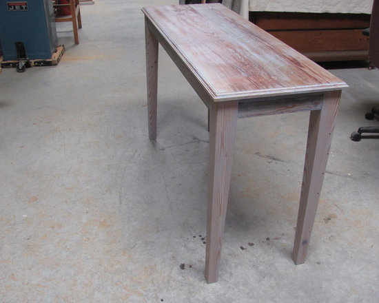 Heart Pine Medium Sofa Table -