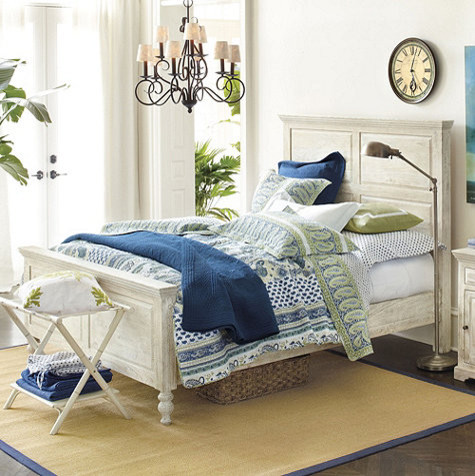 Avery Queen Bed traditional-beds