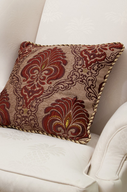 Decorative Pillows With Trim :