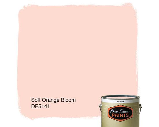 Dunn-Edwards Paints Soft Orange Bloom DE5141 -