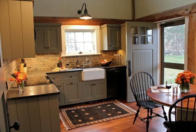Cape Barn traditional-kitchen