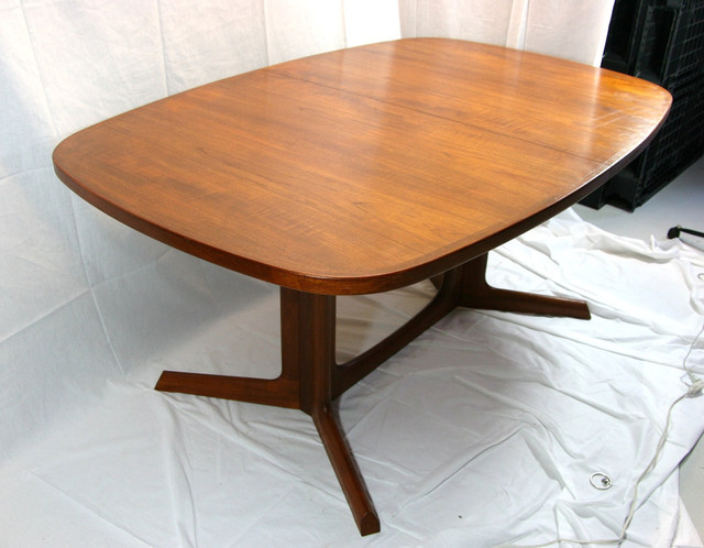 Danish Modern Products on Houzz