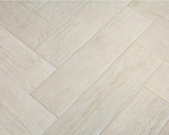 Provenza Lignes- Wood Look Porcelain TIle - provenza tile, lignes tile, kor tile, karu tile, sefir tile, provenza lignes, urban timber, wood look tile, kitchen floor tile, outdoor tile, wood look porcelain, porcelain tile, w-age tile, cross cut tile,