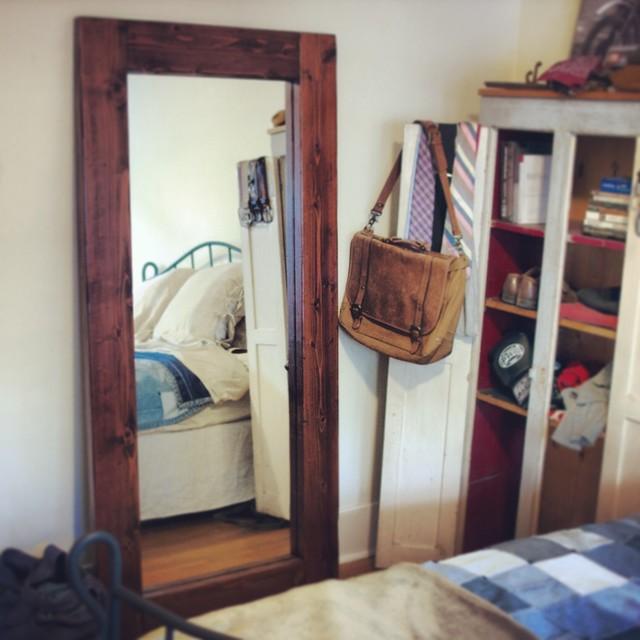 Floor standing mirror for Free standing bedroom mirrors