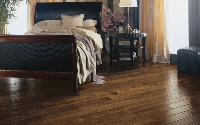 Solid oak plank floor traditional wood flooring