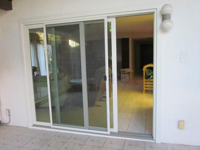 Sliding exterior door advantages of patio sliding doors for Patio door styles exterior