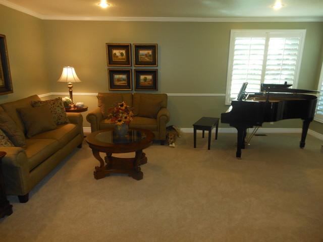 2012 Design traditional-living-room