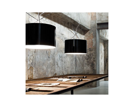 Ray S Pendant Lamp By Flos Lighting - Ray S by Flos is the suspension version in the Ray collection.