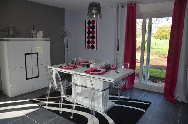 Salon salle manger gris et rose contemporary other for Salle a manger idee deco
