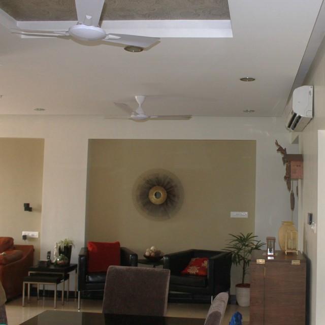 SOVERIEGN living-room