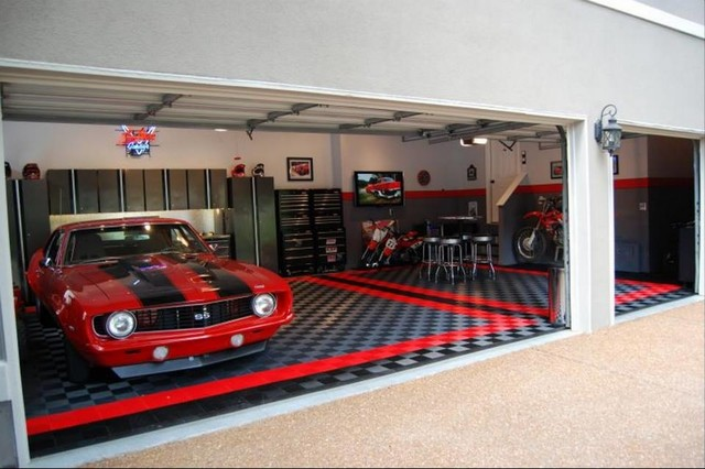 Racedeck garage flooring ideas cool garages with cool for Cool car garage ideas