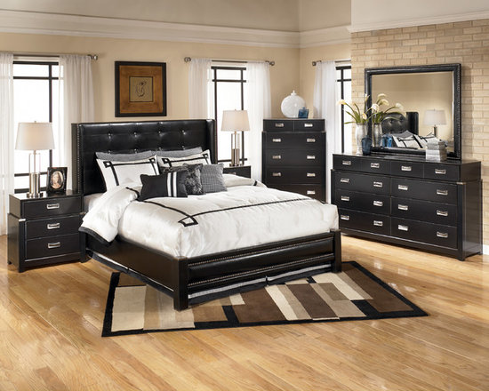 Bedrooms Furniture - Decorating your master bedroom to its full romantic bedrooms is now an easy task thanks to The Classy Home.  With such a surging selection of couple bed rooms sets gathered in one convenient shop, finding the right choice of your couple bed rooms furniture that portrays your personality and style for your most romantic bedrooms now possible. The Classy Home just doesn't allow you to select per master bedroom set – you can choose which parts of the set you'd like to full fill your romance with romantic bedrooms furniture, while mix and matching those with the other furniture from another couple bed rooms available. Through simple mouse clicks, the convenience of having the best romantic bedrooms of your life is now in reach!