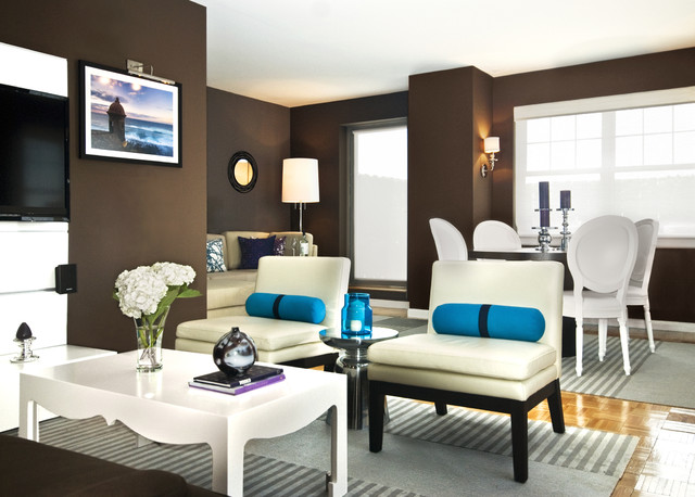 Queens contemporary-living-room