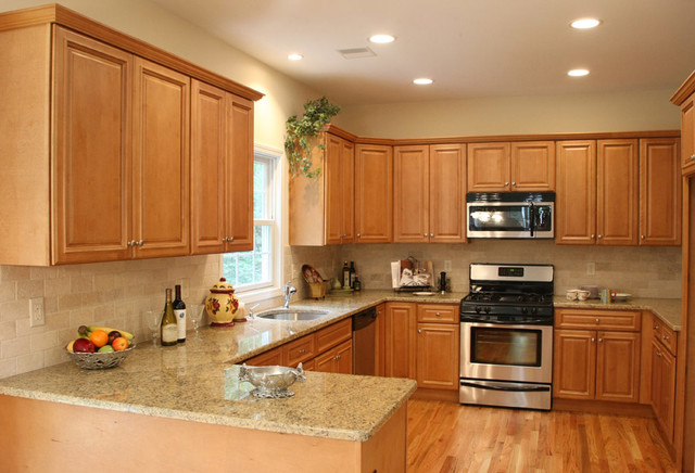 Light Kitchen Cabinets Home Design traditional kitchen cabinets