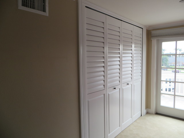 Plantation Shutter Closet Doors Interior Shutter Doors Smalltowndjs Plantation Shutters For