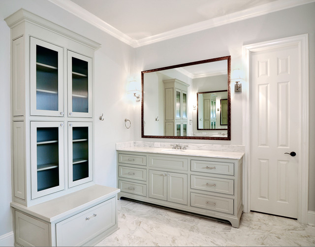 Master dressing area traditional bathroom dallas for Bathroom designs with dressing area