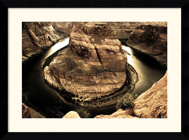 Horseshoe Bend Framed Print by Andy Magee traditional-prints-and-posters