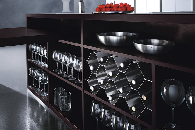Italian Kitchen Cabinet Organization and Close-up Images contemporary food containers and storage